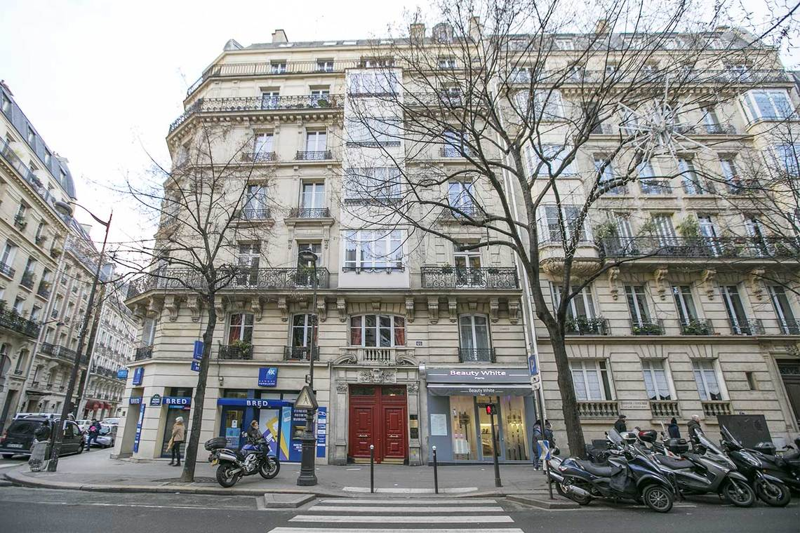Apartment Paris Avenue Mozart 15