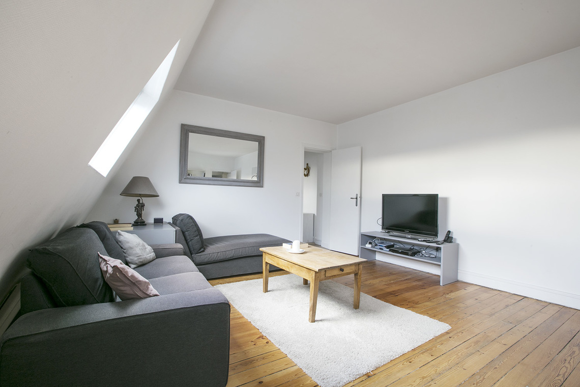 Apartment Paris Avenue Mozart 3