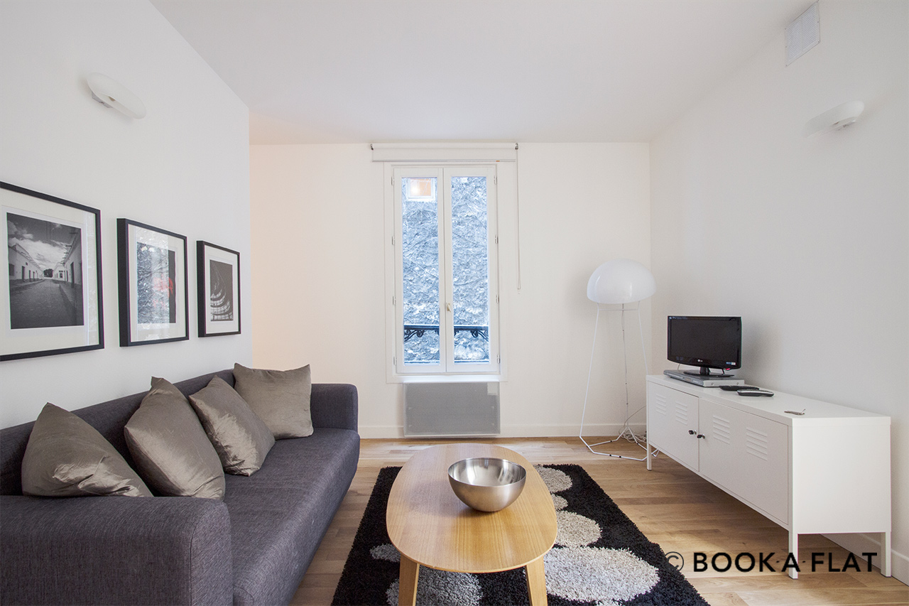 Paris Passage Cottin Apartment for rent