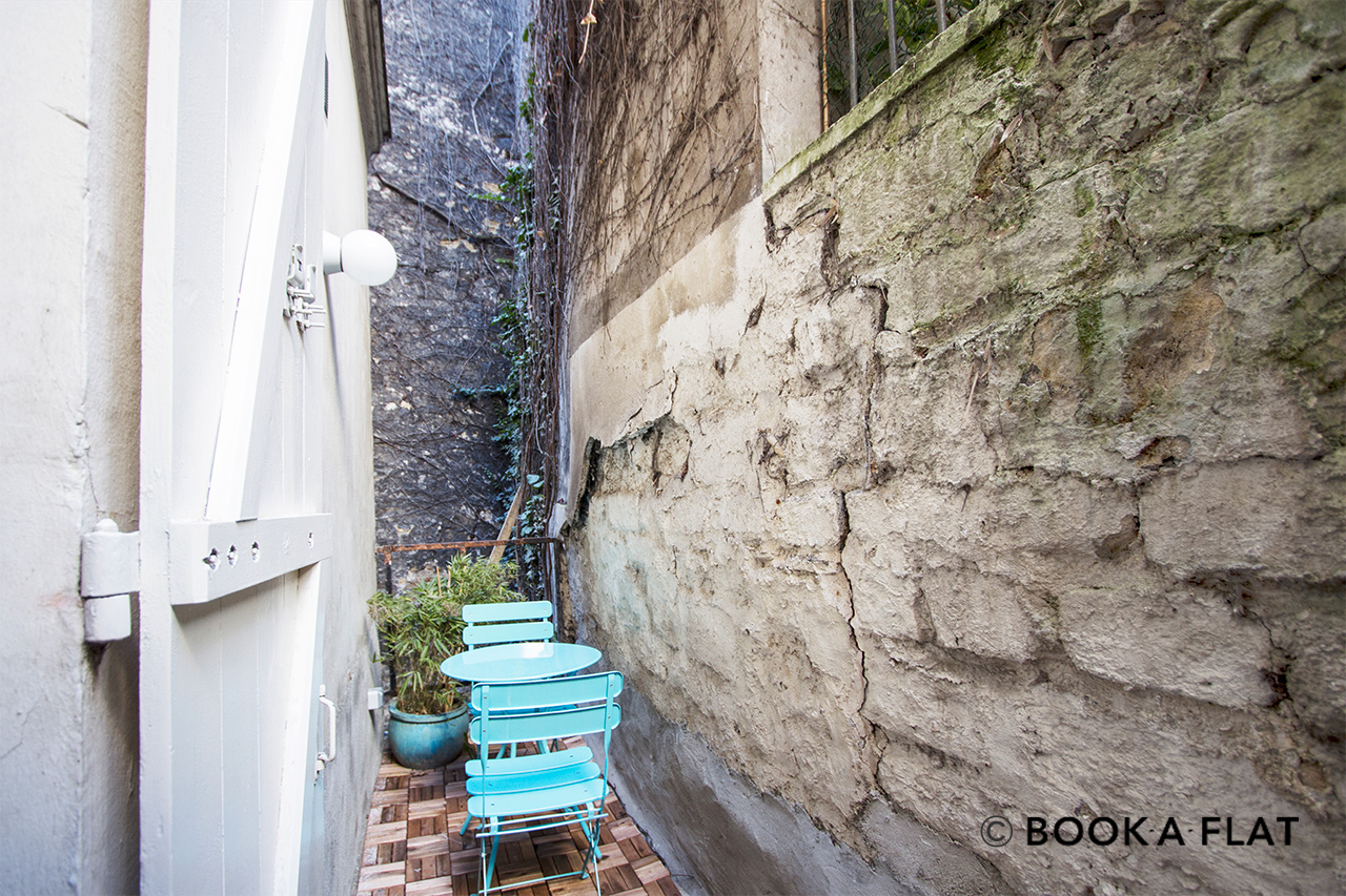Квартира Paris Passage Cottin 11