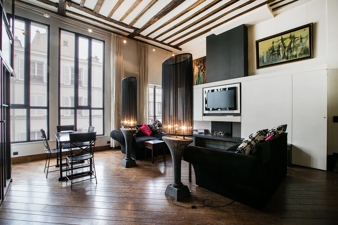Paris Rue Chateaubriand Apartment for rent