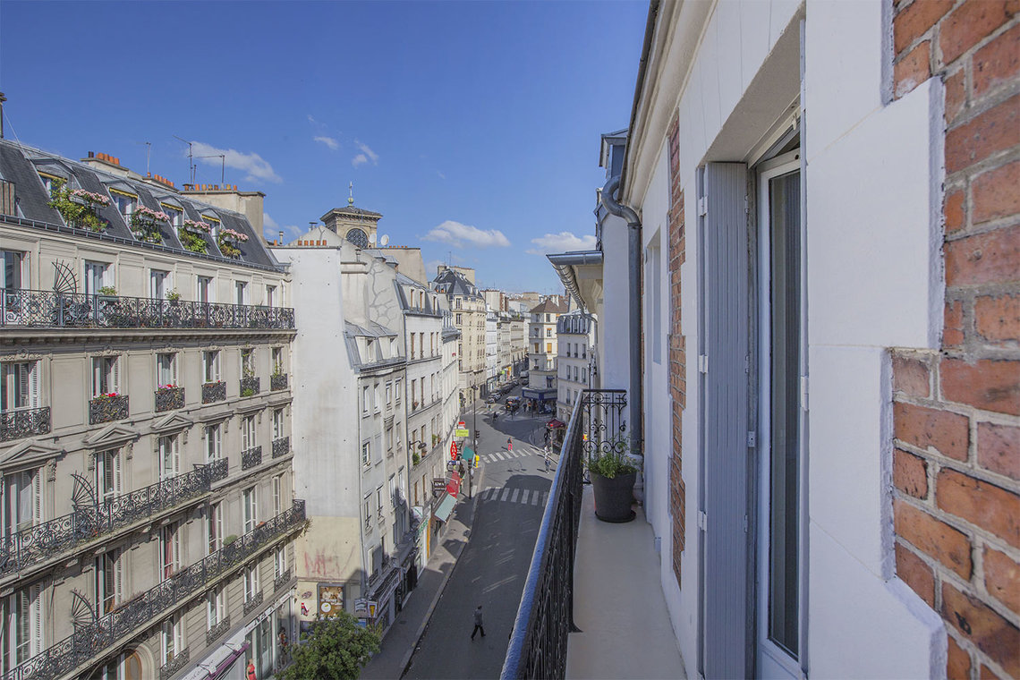 Apartment Paris Rue du Faubourg Montmartre 10