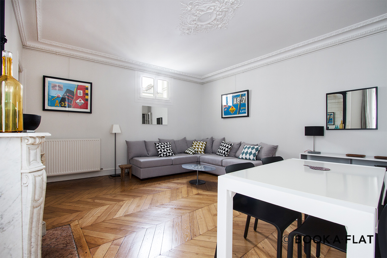 Paris Rue des Renaudes Apartment for rent