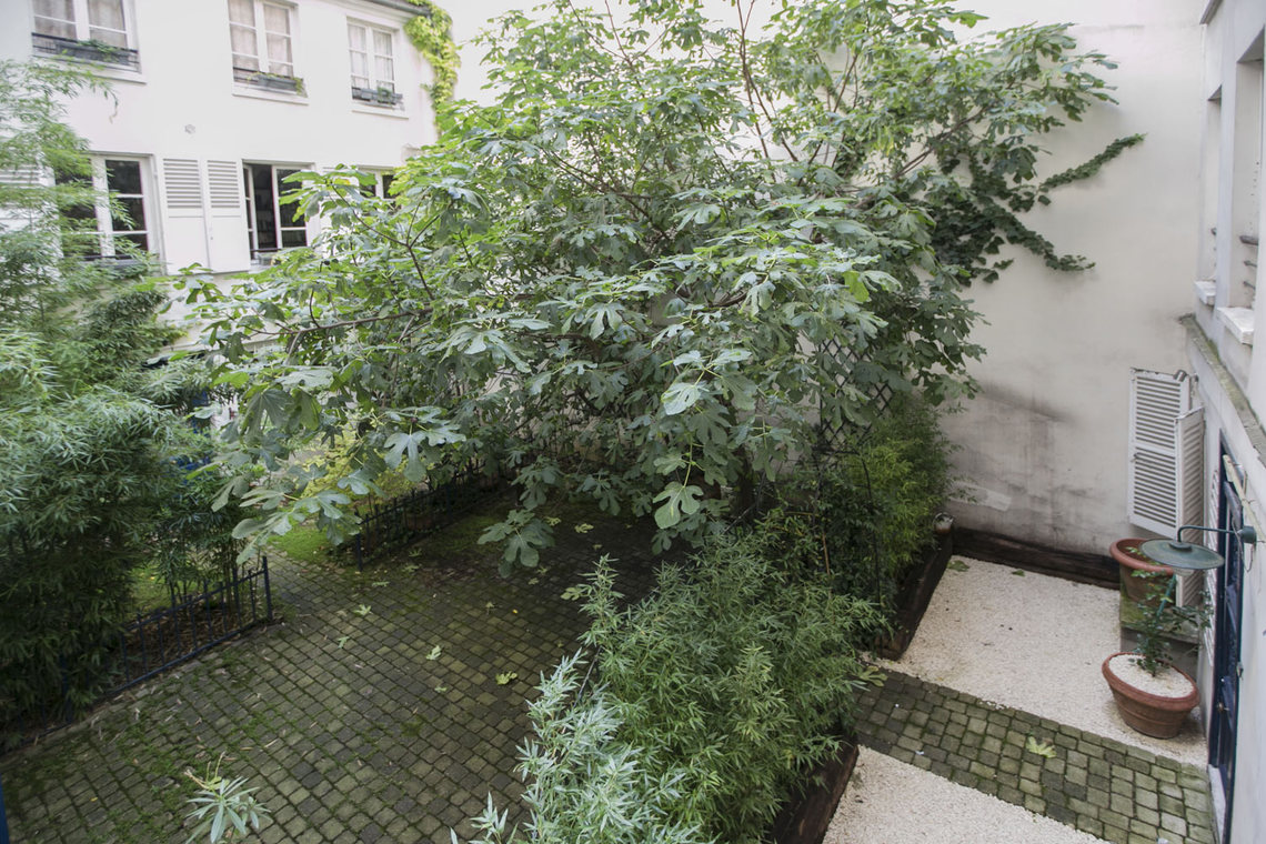 Appartement Paris Rue de Duras 11