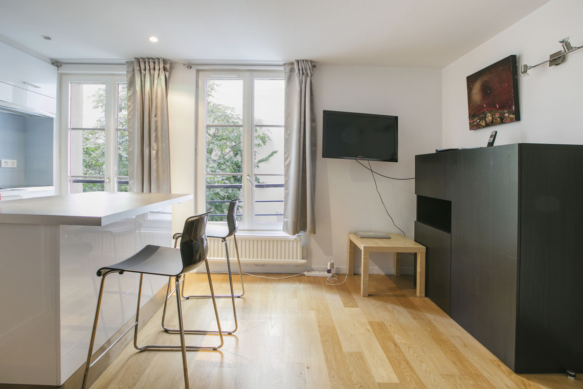 Appartement Paris Rue de Duras 4