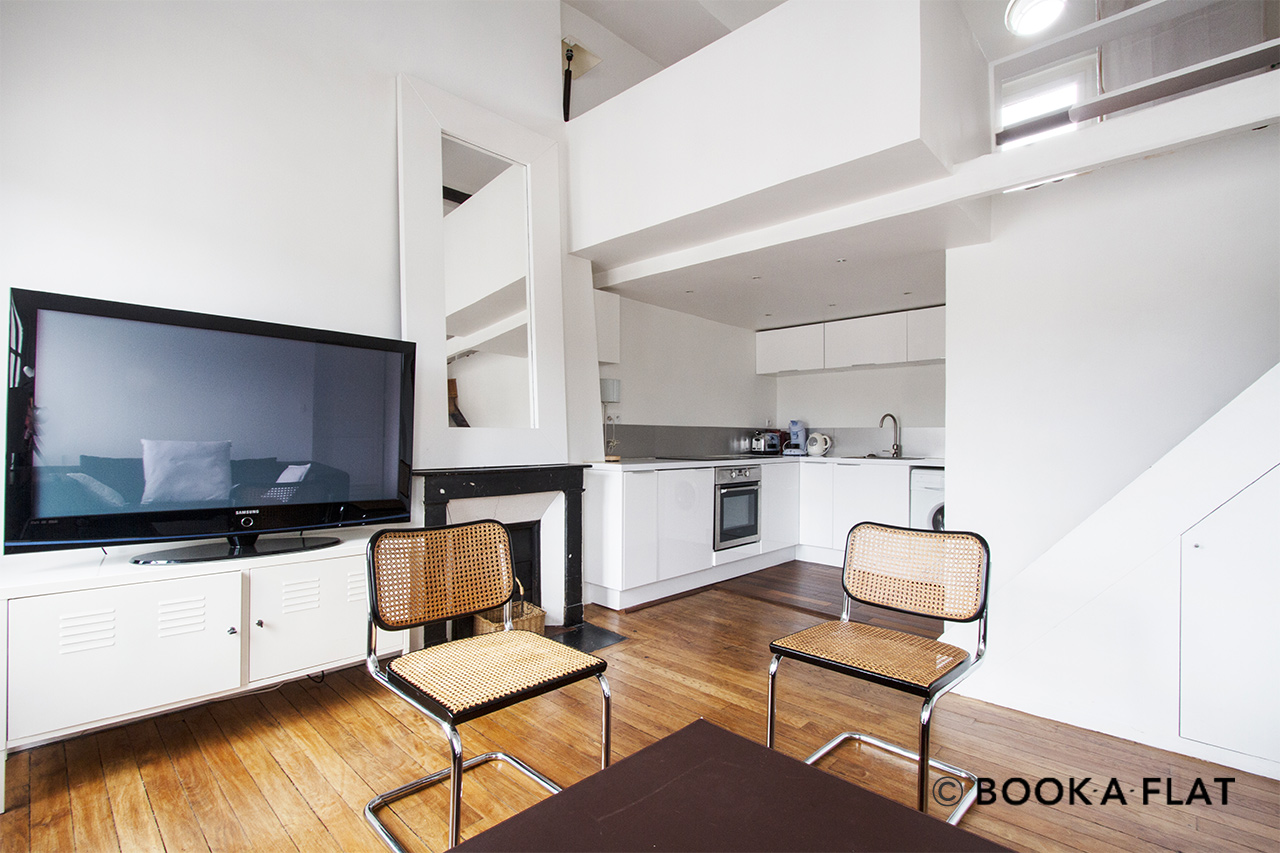 Location appartement meubl rue de l 39 echaud paris ref for Salon cuisine paris