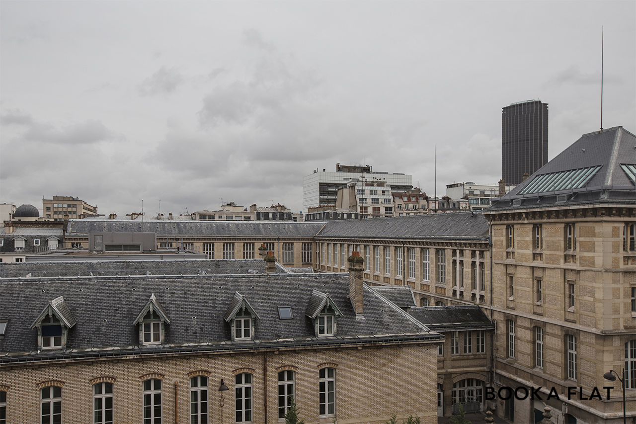 Appartement Paris Rue Ernest Renan 11