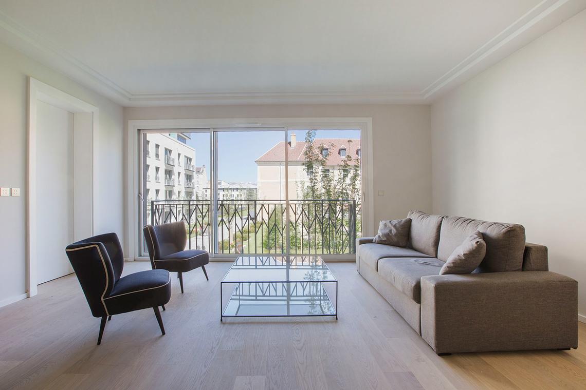 Location appartement meubl rue vaneau paris ref 10897 for Appartement meuble paris