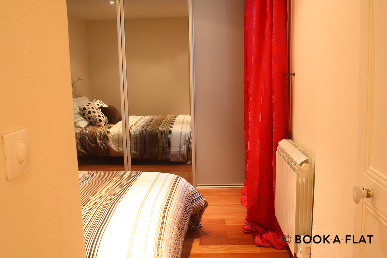 Apartment Paris Rue Rampon 9
