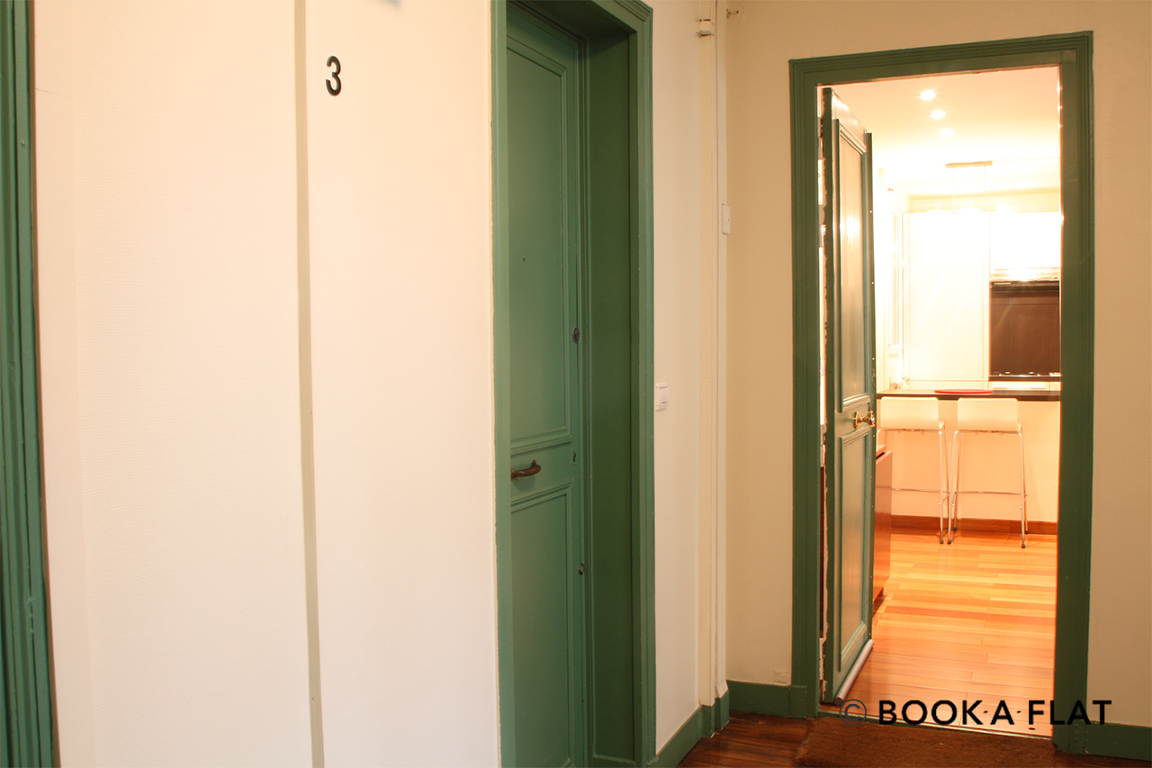 Apartment Paris Rue Rampon 4