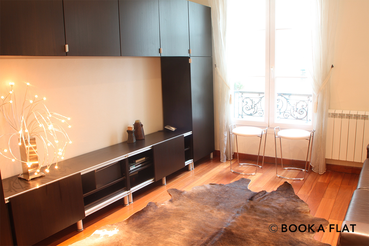 Paris Rue Rampon Apartment for rent