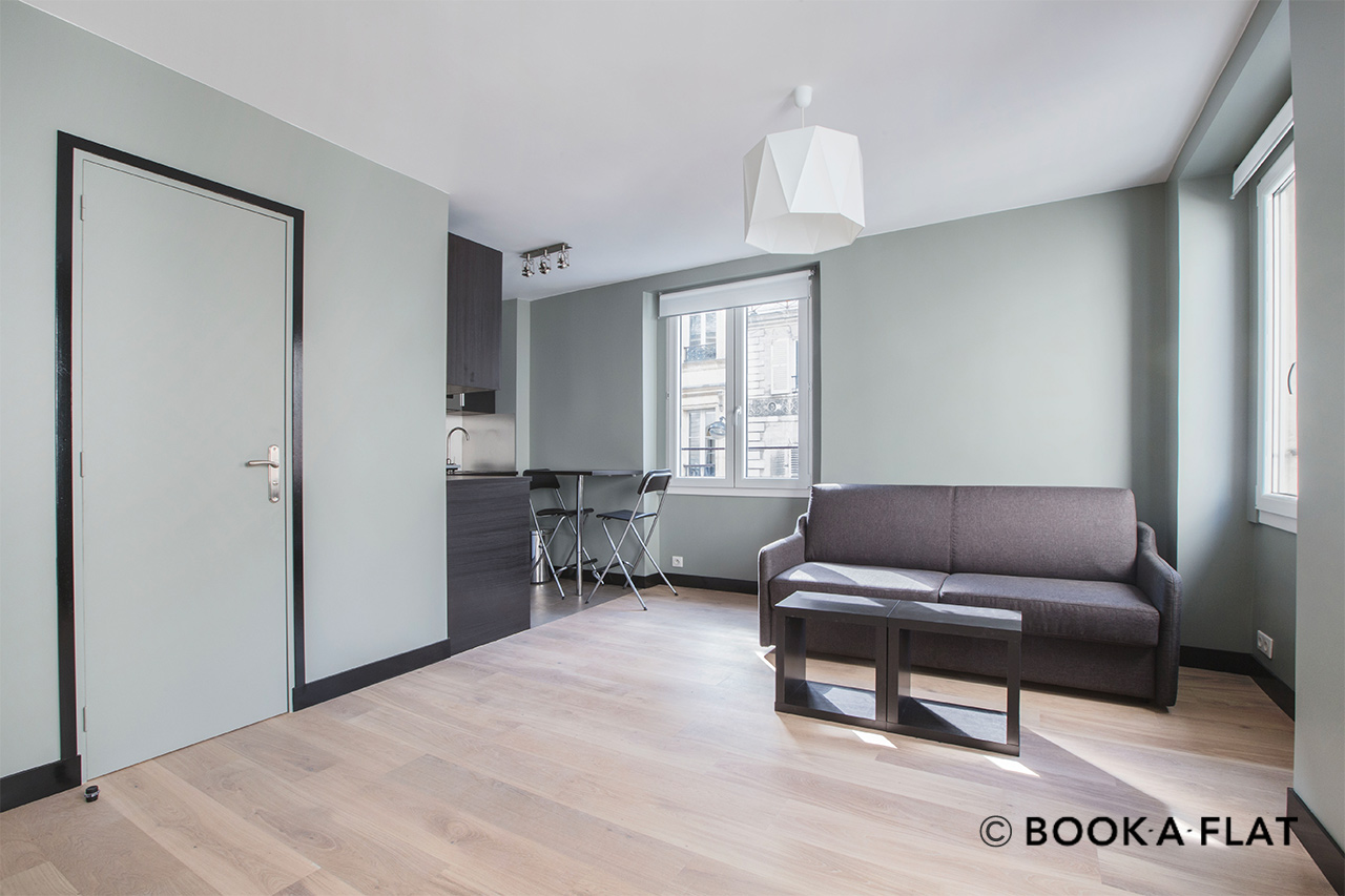Appartement Paris Rue Saint Lazare 8