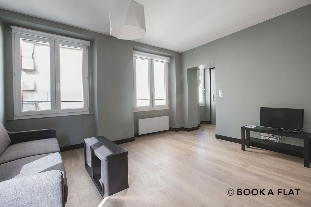 Appartement Paris Rue Saint Lazare 12