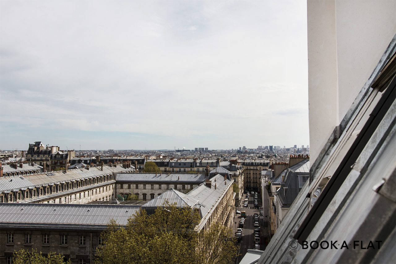Apartment Paris Boulevard de Rochechouart 12