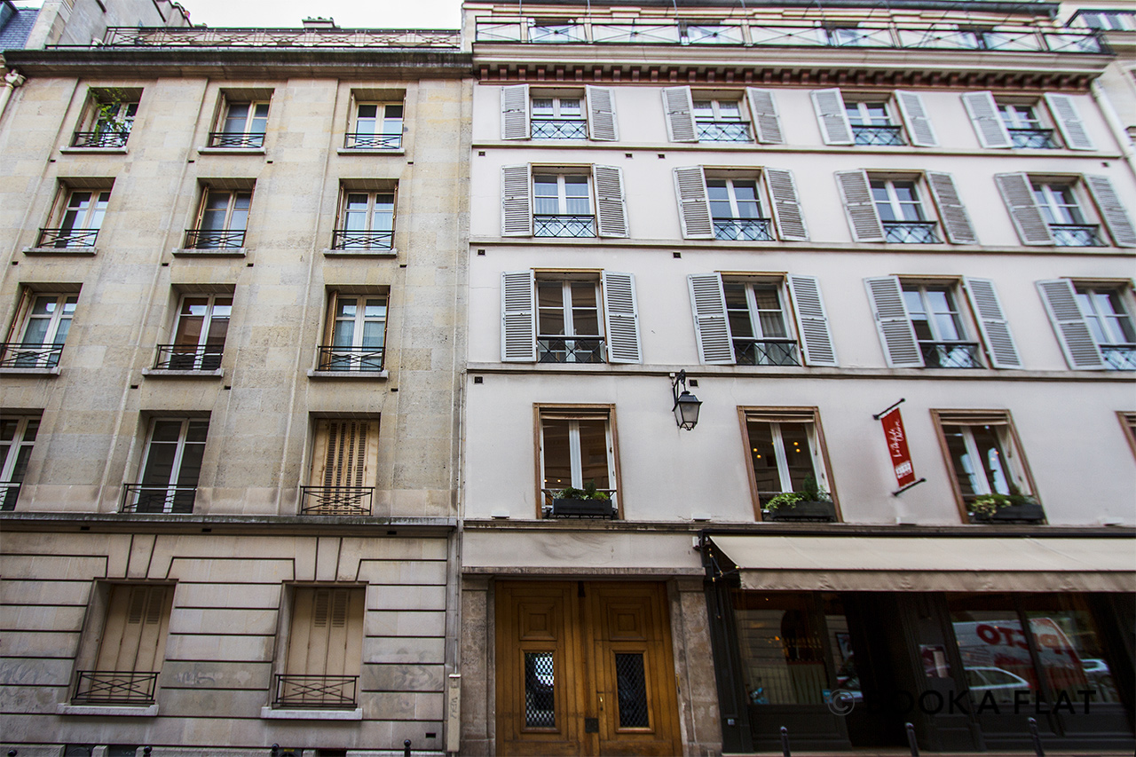 Квартира Paris Rue Corneille 12