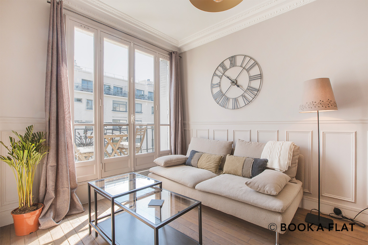 Furnished apartment for rent Paris Avenue Simon Bolivar
