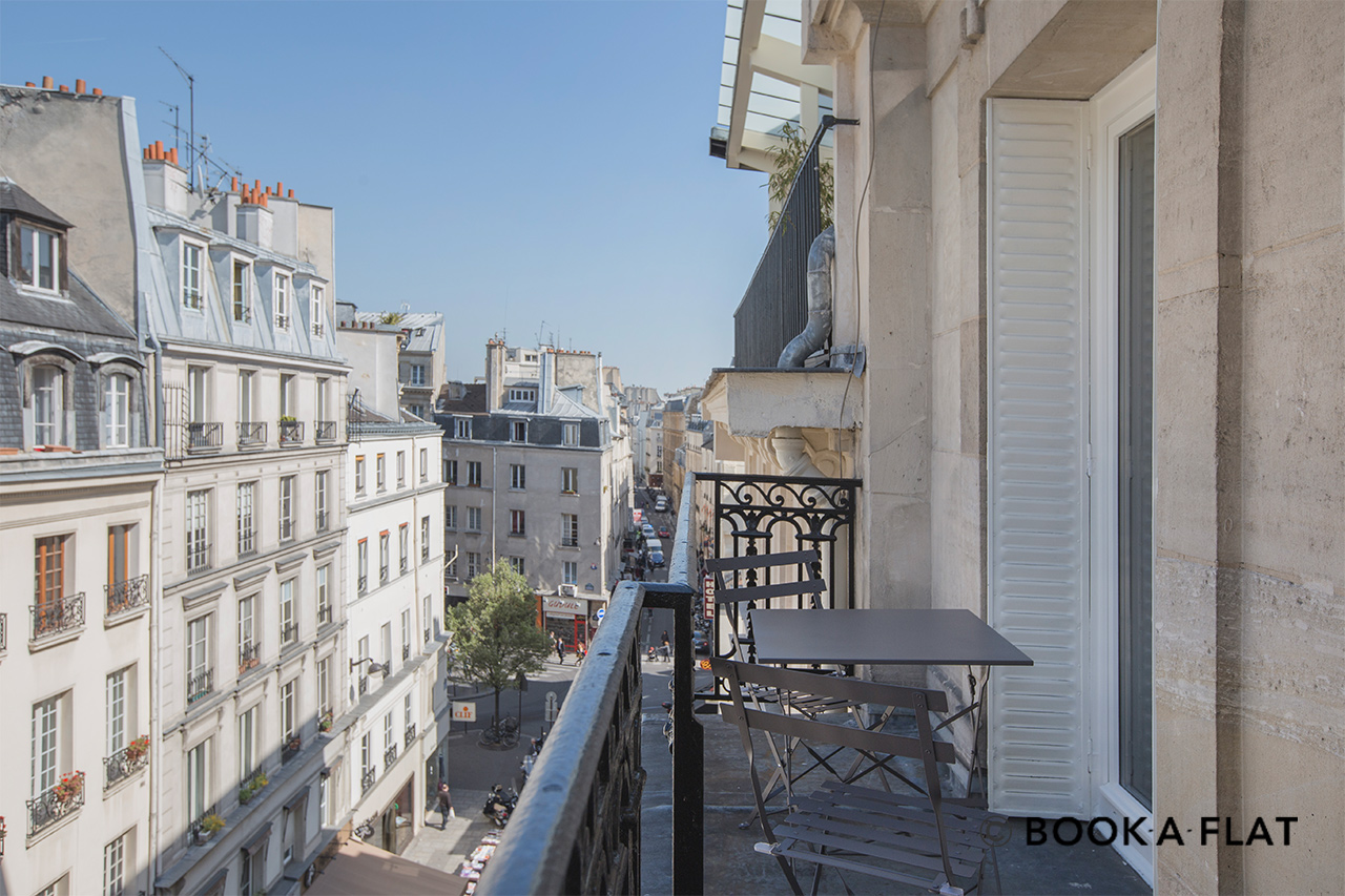 Apartment Paris Rue de Buci 11