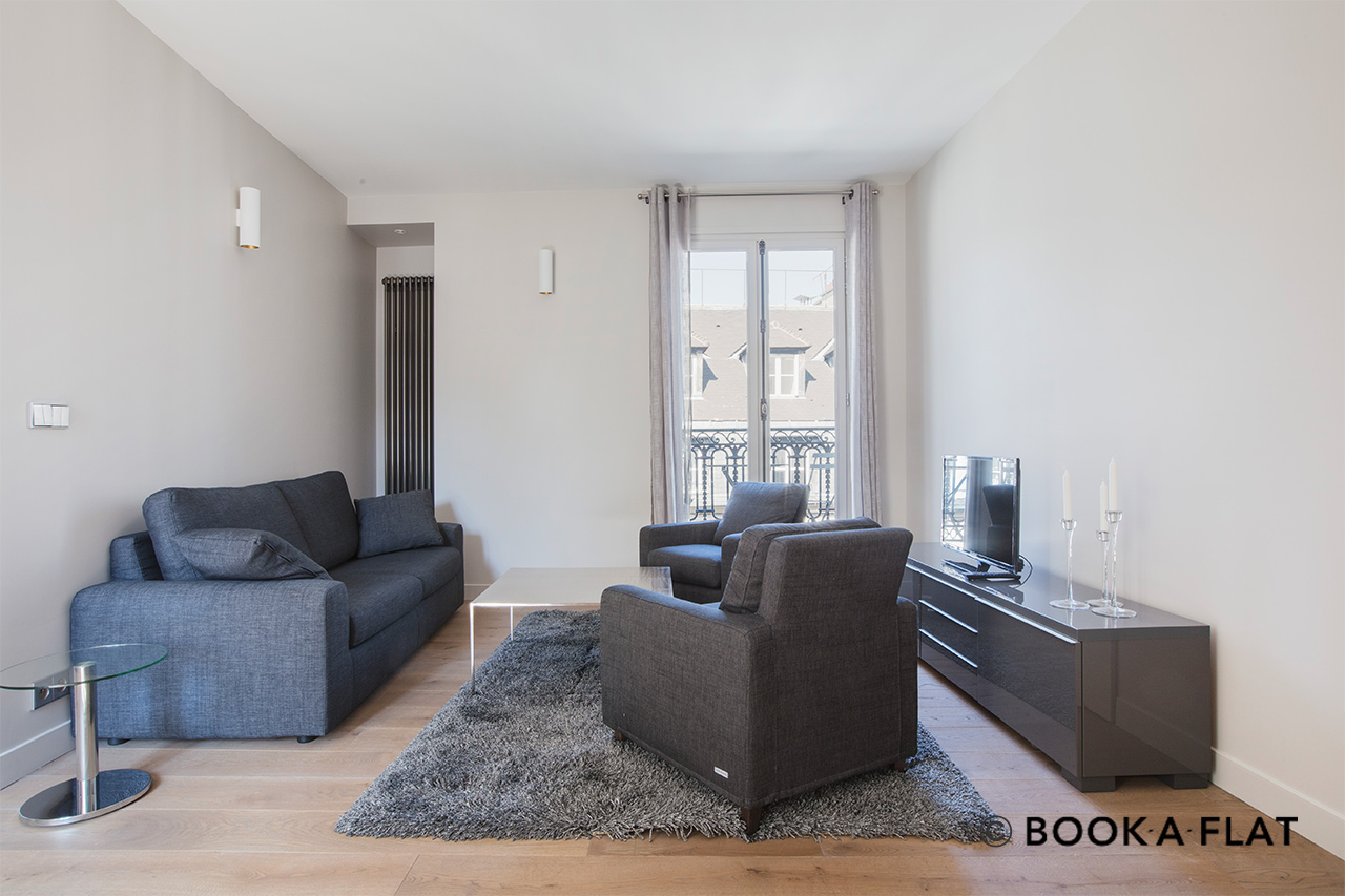 Paris Rue de Buci Apartment for rent