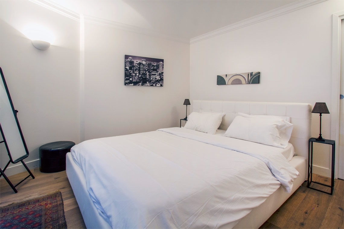 Paris Rue Hautefeuille Apartment for rent