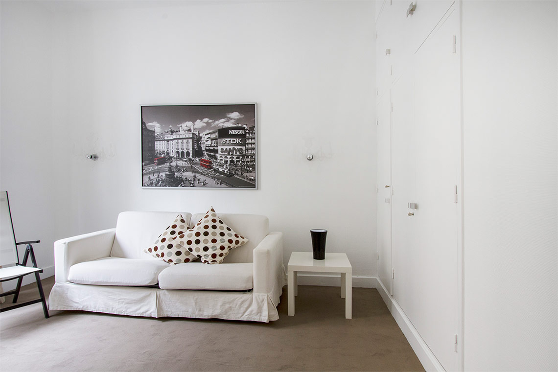 Apartment Paris Avenue Alphand 4