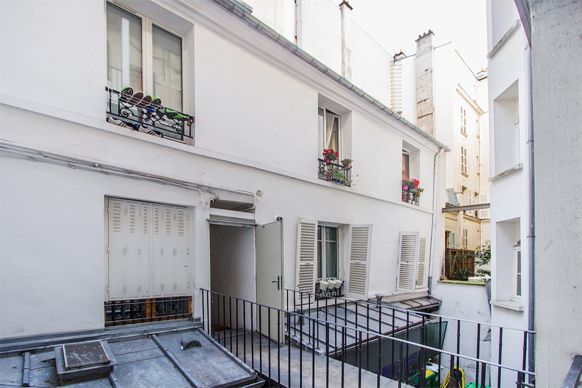 Appartement Paris Rue Edouard Lockroy 13