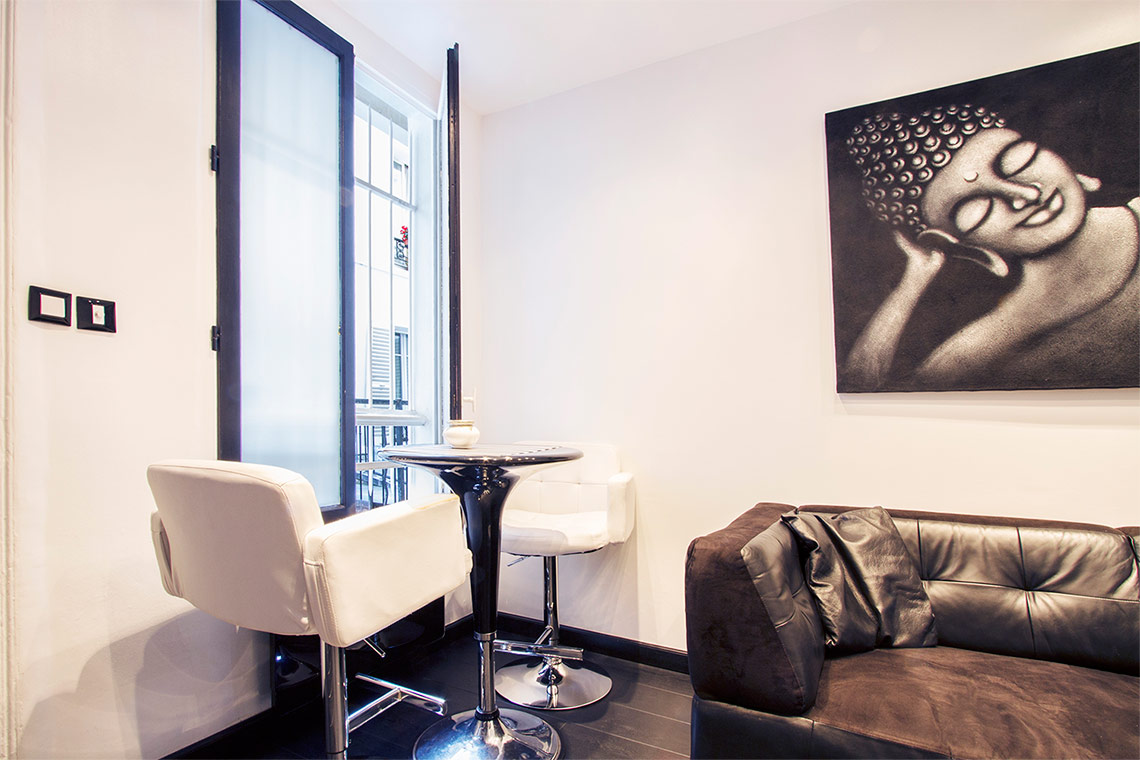 Appartement Paris Rue Edouard Lockroy 2
