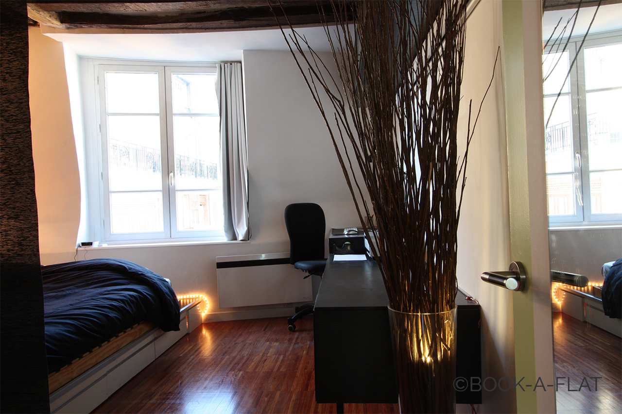 Location appartement meubl rue blainville paris ref 1117 - Location paris 3 chambres ...