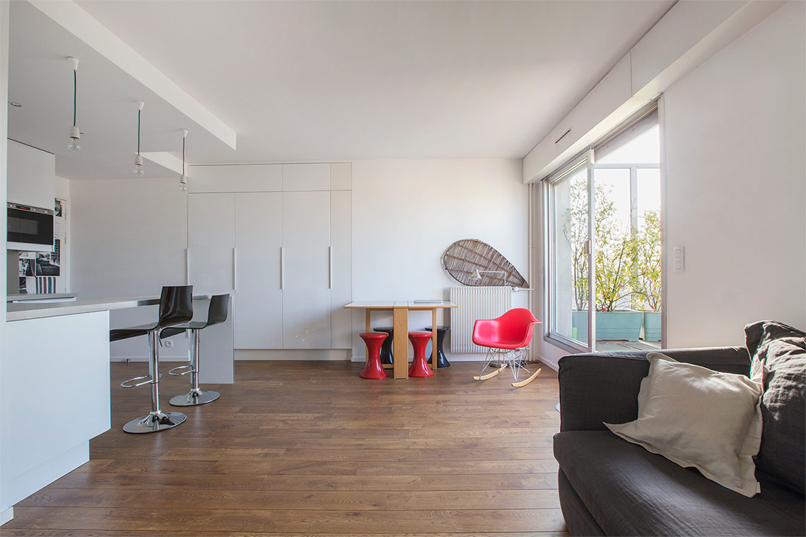 location appartement meubl rue de vaugirard paris ref. Black Bedroom Furniture Sets. Home Design Ideas