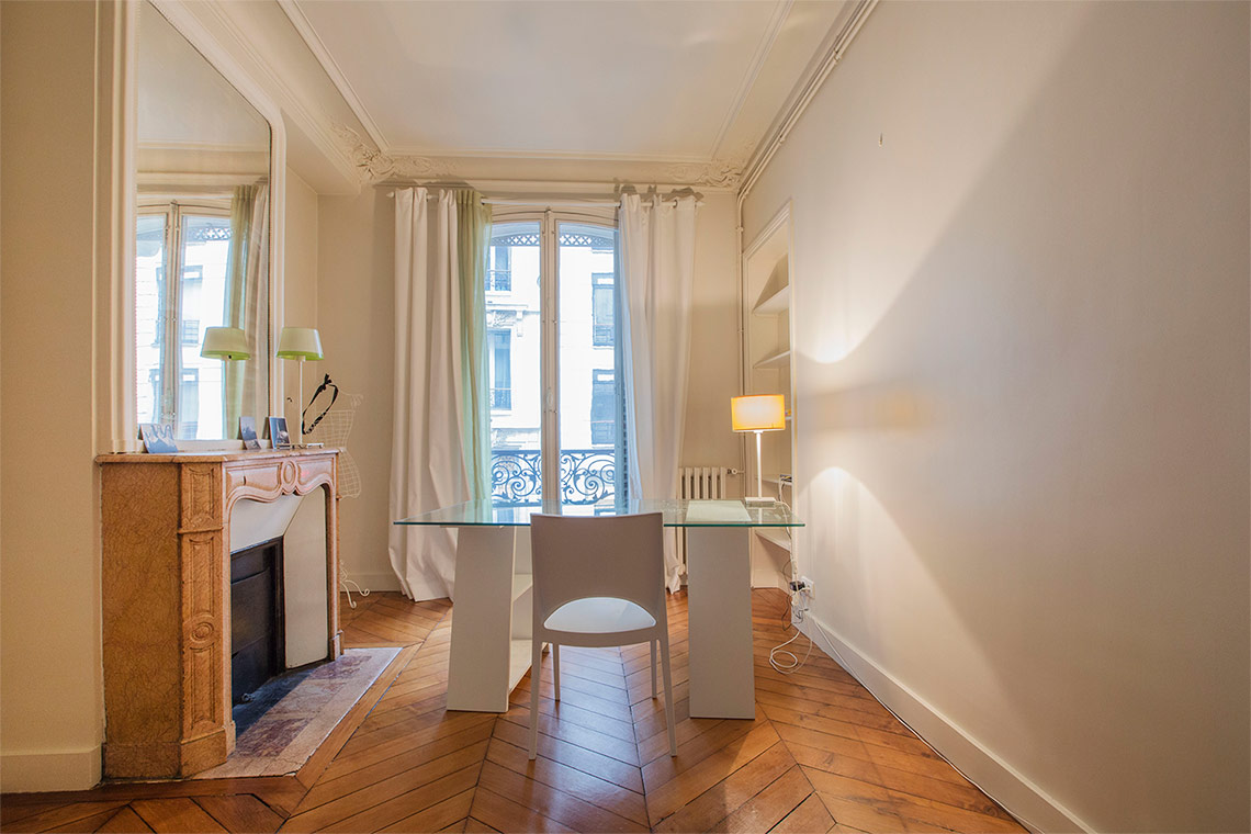 Furnished apartment for rent Paris Rue Erlanger
