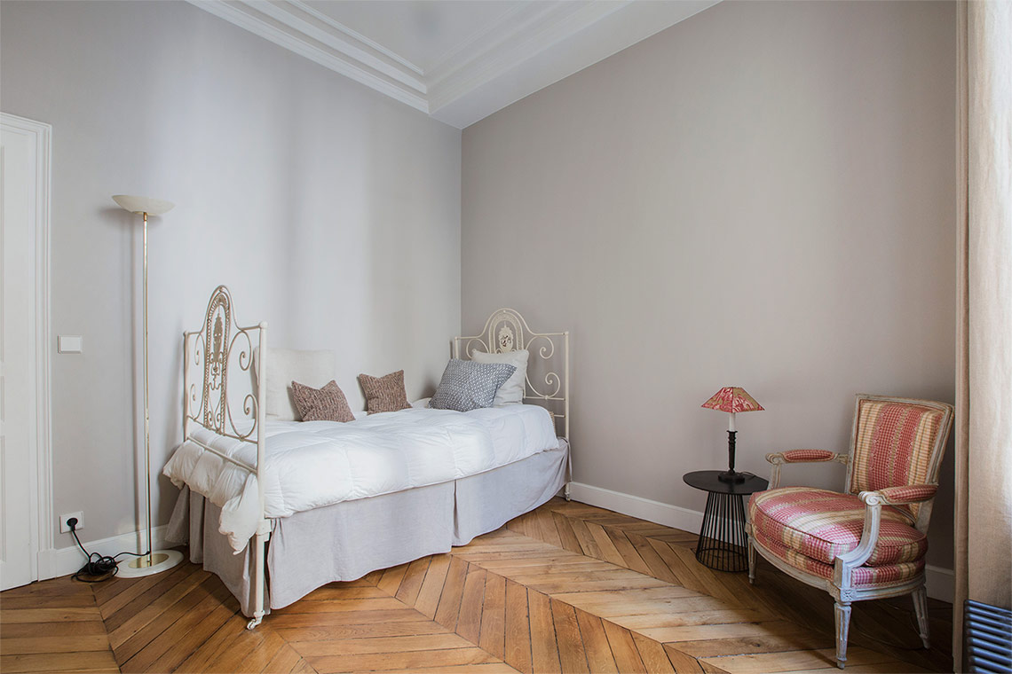 Квартира Paris Rue Casimir Périer 13