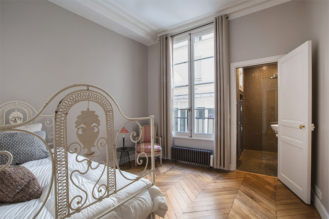 Квартира Paris Rue Casimir Périer 11