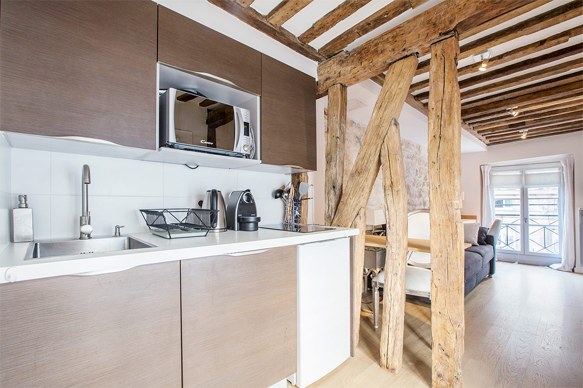 Apartment Paris Rue Sauval 6