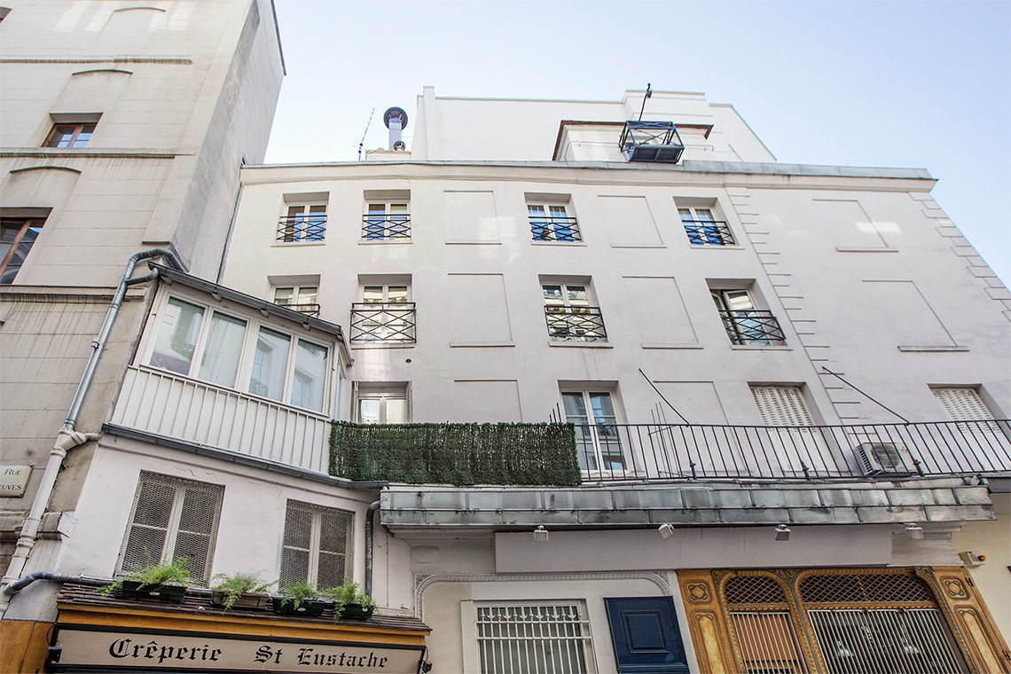 Apartment Paris Rue Sauval 13