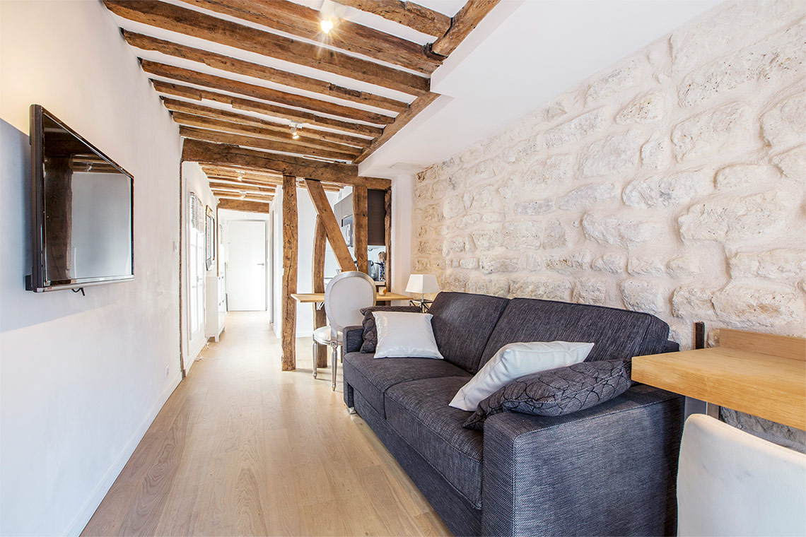 Paris Rue Sauval Apartment for rent