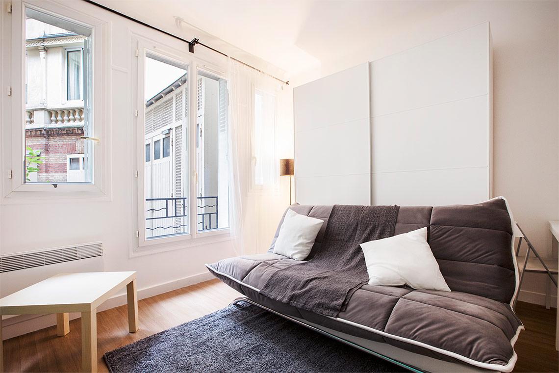 salon 22m2 beautiful amenagement amenager un salon cuisine de m amnager un salon pratique et. Black Bedroom Furniture Sets. Home Design Ideas