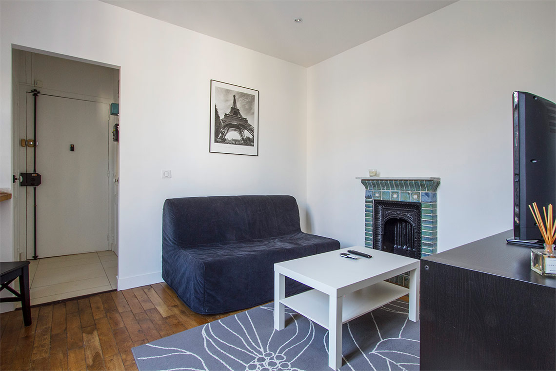 Apartment Paris Rue Saint Charles 10