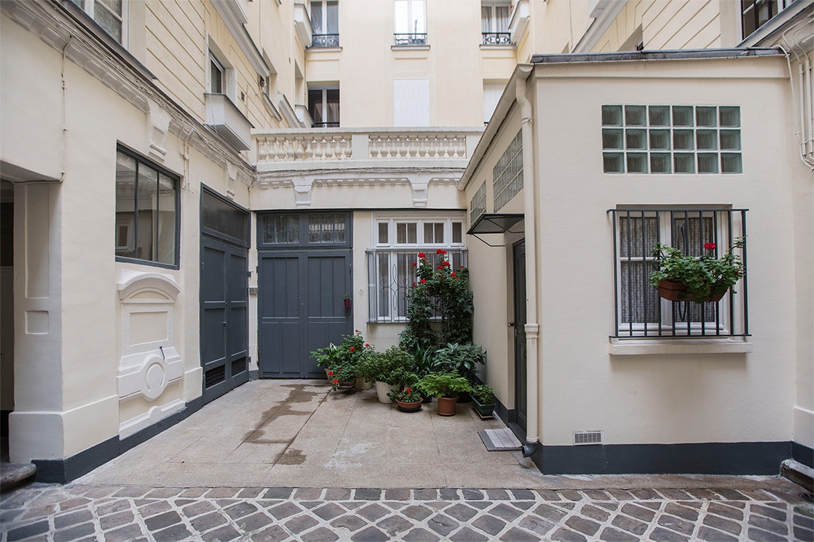 Apartment Paris Rue de Vintimille 13