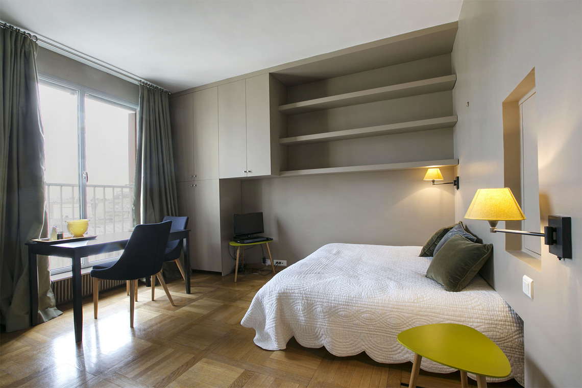 Paris Boulevard des Invalides Apartment for rent