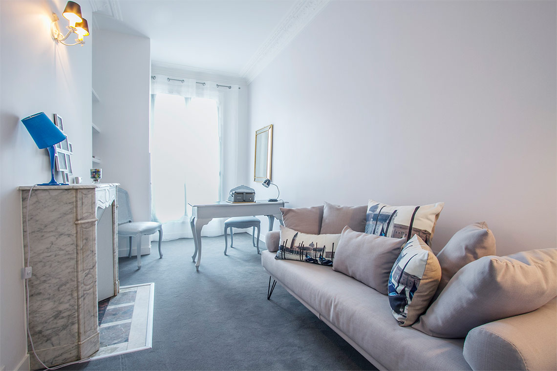Appartement Paris Rue Desbordes-Valmore 12