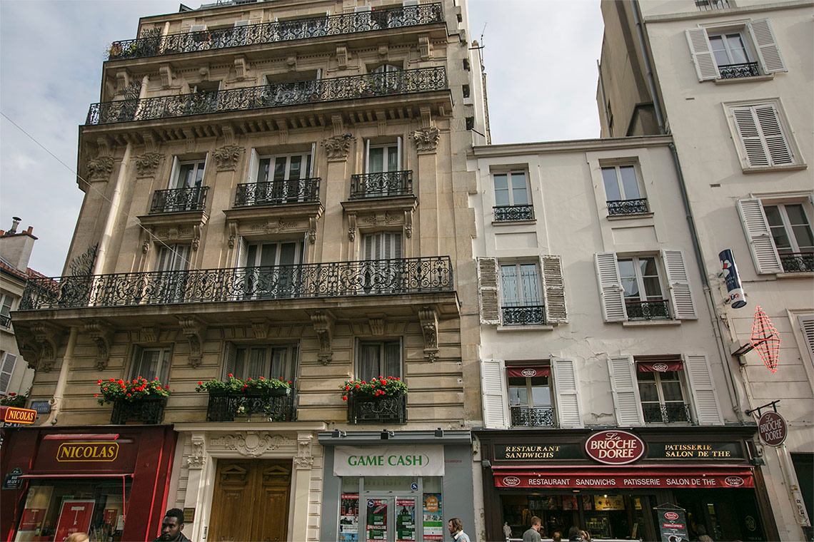 Appartement Paris Rue de Lévis 13