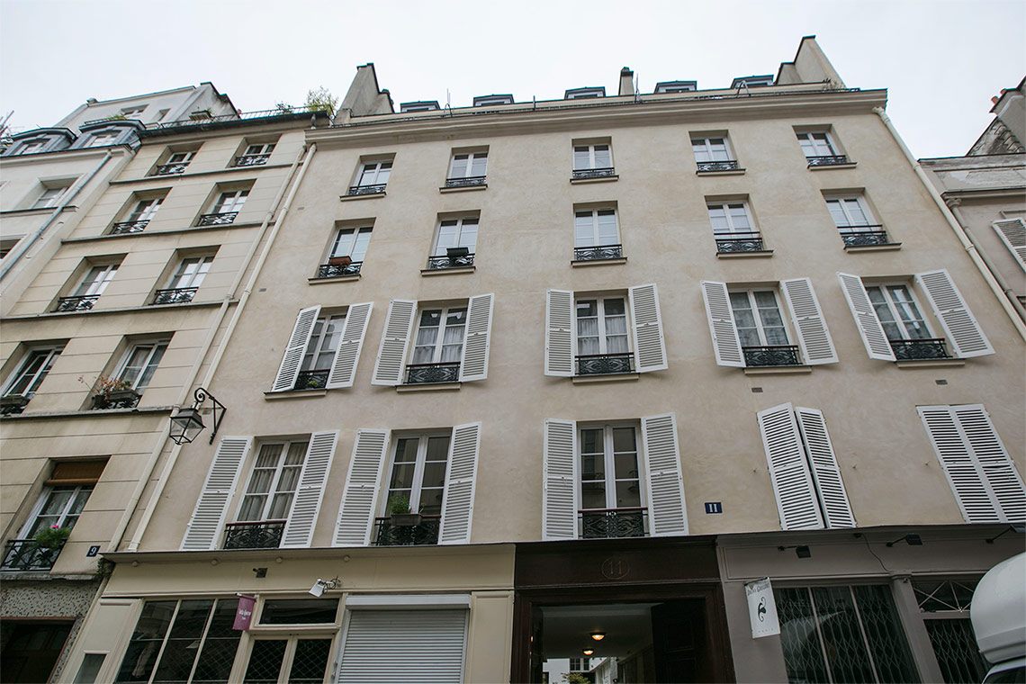 Apartment Paris Rue Ferdinand Duval 8