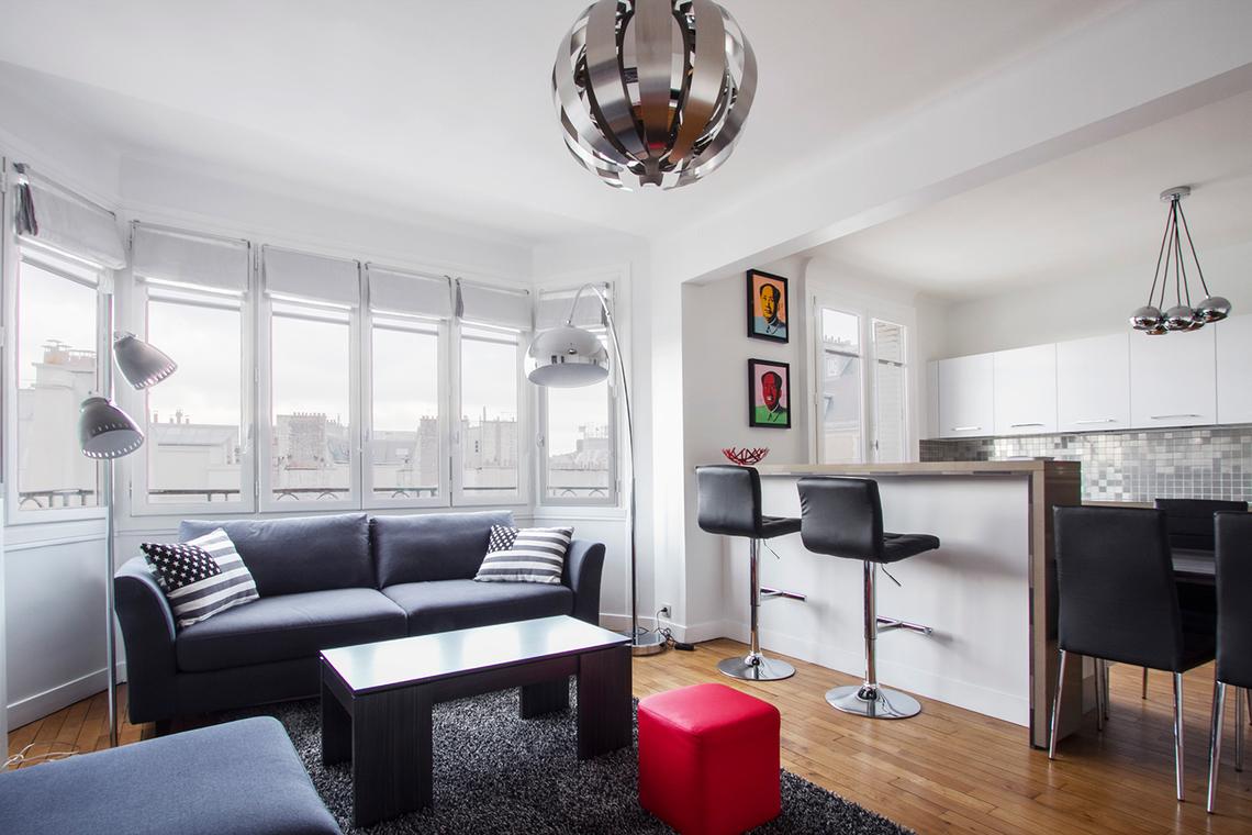 Location appartement meubl rue de passy paris ref 11804 for Appartement meuble a paris