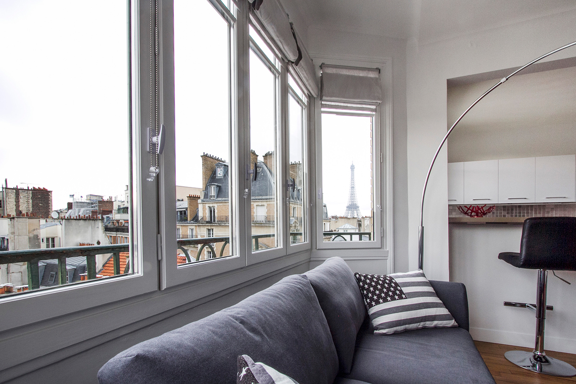 Appartement Paris Rue de Passy 12