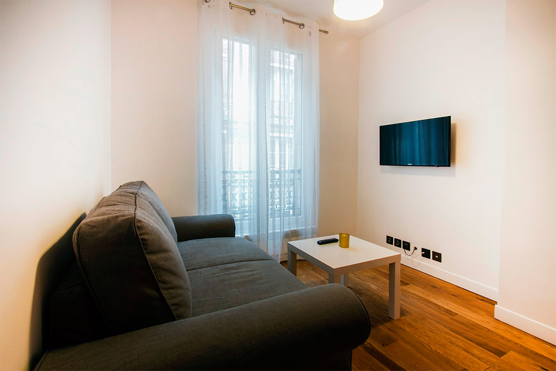 Paris Rue Saint Charles Apartment for rent