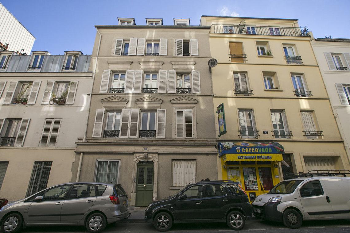location studio meubl rue du ch teau paris ref 11829. Black Bedroom Furniture Sets. Home Design Ideas