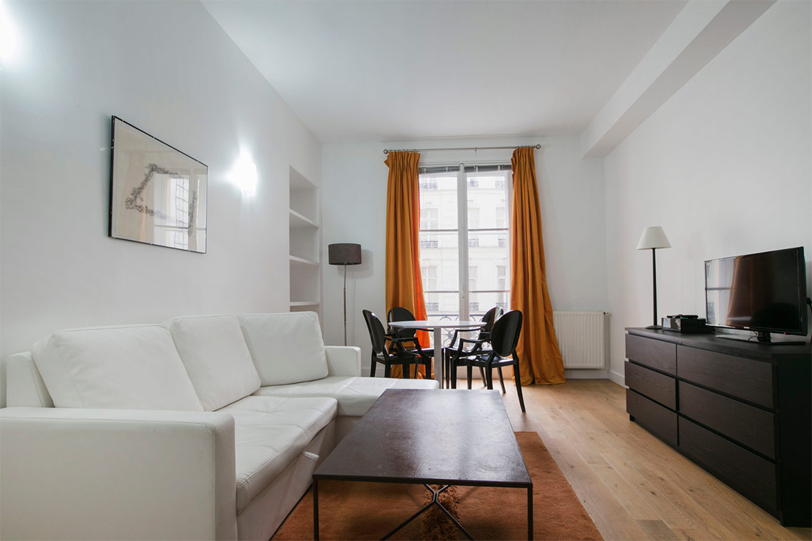 Paris Rue de Lille Apartment for rent