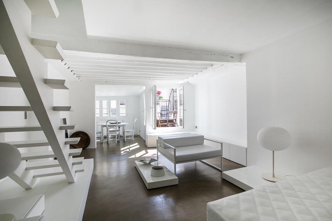 Location appartement meubl rue des gravilliers paris for Location de meuble paris