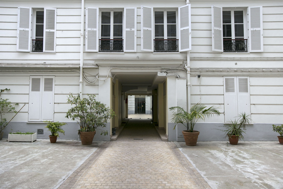 Appartement Paris Rue de Bassano 10