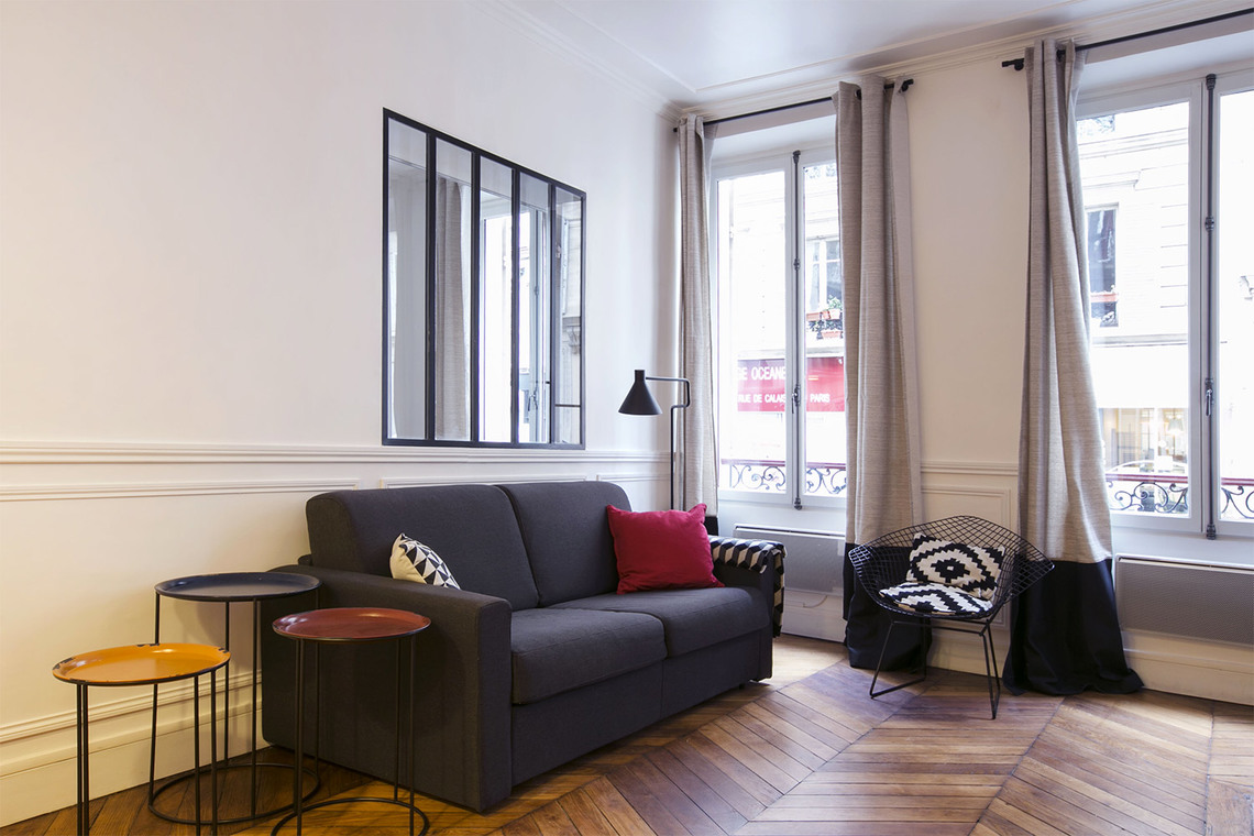 Furnished apartment for rent Paris Rue de Calais