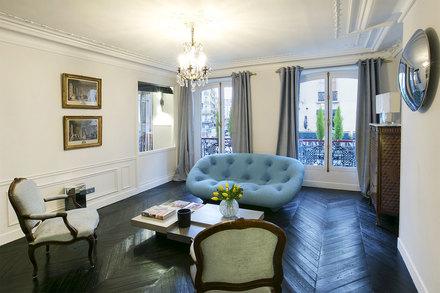 Location appartement meubl rue du faubourg montmartre for Location meuble new york